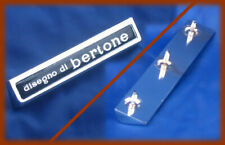 ALFA ROMEO GT 1300 1750 - 1 LOGO BADGE DISEGNO DI BERTONE METALLO