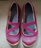 KEEN Rivington CNX Mary Jane Beet Red Leather Elastic Cross Strap Women SIZE 6