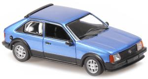 MXC940044120 - Voiture OPEL Kadett SR de 1982 de couleur bleue métallisée -  -