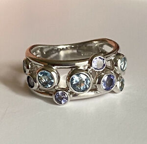18k Solid White Gold Band Ring With Blue Topaz And Tanzanite Bezel Setting