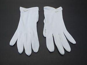 *VINTAGE LADIES WHITE NYLON WITH SILVER & GOLD TRIM GLOVES UNLINED SIZE 6.5