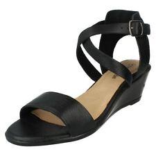 Damen-Sandalen & -Badeschuhe mit Keilabsatz-Stil in EUR 38