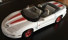 Pontiac 1999 White Trans Am Diecast Anniversary Ed.by Road Signatures 1:18 Scale
