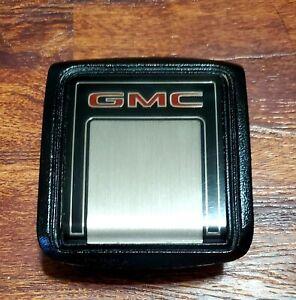 1981-1987 GMC Horn Cap Button Possible NOS Excellent Condition NO Cracks