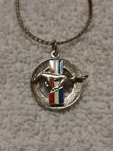 Ford Mustang pendant and chain