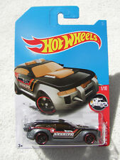 HOT WHEELS 2017 TH TREASURE HUNT HW PURSUIT SHERIFF POLICE CAR MINT ON NM CARD!