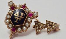 Vintage 10K Delta Epsilon Tau Fraternity Pin Alpha Delta Chapter Pearls, Rubies