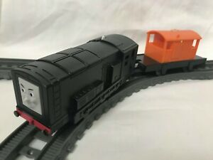 Thomas the Tank Engine Trackmaster Diesel Train with Carriages