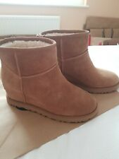 UGG CLASSIC FEMME MINI CHESTNUT BOOTS UK 6, EU 39, NEW