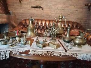Konvolut aus verschiedenen Messing-Figuren und Tellern