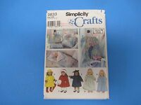 """Vintage Sewing Pattern Simplicity 9833 One Size A.Schewe 18"""" Doll Clothes S679"""