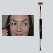 It Cosmetics No Tug Dual Eyeshadow Heavenly Luxe Brush