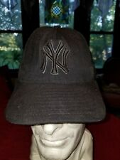 New York Yankees Black Baseball Hat Cap New Era 59 Fifty Size 7 1/8