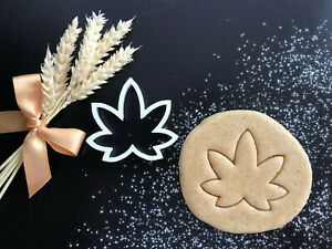 Cannabis Weed Leaf Cookie Cutter 02 | Fondant Cake Decorating