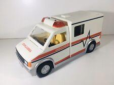 Playmobil 5952 - Ambulance - 2011