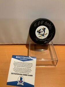 Hockey HOF Teemu Selanne Autographed Ducks Puck Beckett Cert