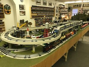 O SCALE TRAIN LAYOUT - POSTWAR STYLE - D148L - COMPLETE