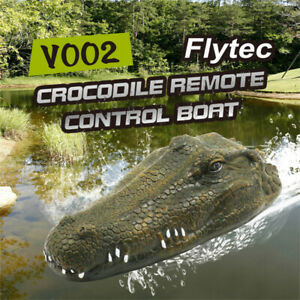 2.4GHz Simulation RC Crocodile Boat 15km/h Remote Control RC Boat Water Toy