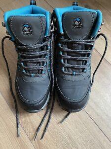 Gelert Walking Boots Size 5.5