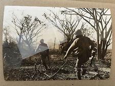ww2 photo press Chinese troops advance on Bhamo 15/12/ 1944    A25