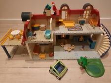 Playmobil 3965 Einfamilienhaus + Auto + Teich + Figuren + Zubehör