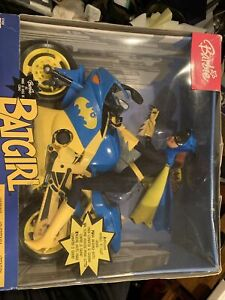 BARBIE AS BATGIRL WITH MOTORCYCLE #C7458 2003 New