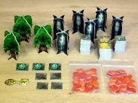 SCENERY TILES/MARKERS ETC.. - DUNGEONS & DRAGON BOARD GAME - PARKER 2003