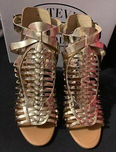 Steve Madden Savine Heel Size 10 Gold Leather Wood Heel Woven Gladiator