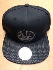 the best attitude 947f9 90476 Mitchell   Ness NBA Golden State Warriors Team Black Snapback Cap Hat
