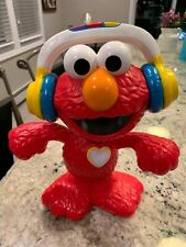 Hasbro- Sesame Street - Lets Dance Elmo. Sings And Dances. Great Condition 2017
