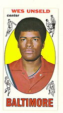 1969 TOPPS BASKETBALL WES UNSELD HOF ROOKIE CARD #56 EXMT-NM NO CREASES(374)