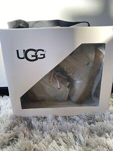 UGG Boots Baby 2/3 Metallic Gold
