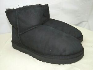 Women UGG Classic Mini II Boot 1016222 Black Twinface 100% Authentic Size 9 US