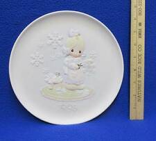Precious Moments Collectors Plate 1995 Christmas He Covers The Earth w Beauty
