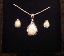 Sterling Silver 925 Gilson Opal peardrop pendant necklace and stud earrings set