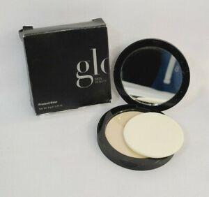 glō-mineral Pressed Base Power Foundation - Golden Medium  (9.9 g / 0.35 oz)