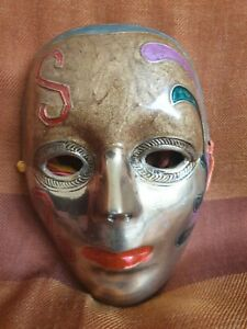 VINTAGE BRASS FACE MASK WALL HANGING ART DÉCORATION ENAMELED THEATRICAL  MASK