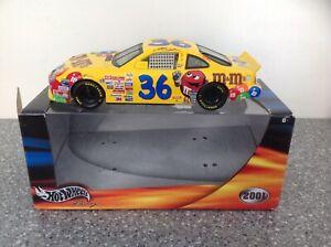 NASCAR 1/24 scale Diecast, Ernie Irvan 2001 M&M's Pontiac Grand Prix