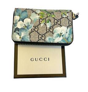 Gucci Bloom GG Supreme Zip Around Card Case Wallet 546354