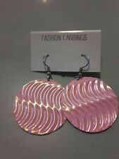Earrings. 💜. New Pink Iridescent round Dangle