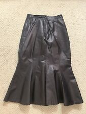 Lindzon womens black leather skirt Size S