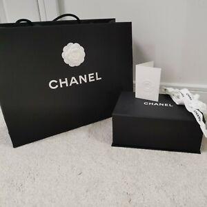 Genuine Chanel Gift Box, Bag, Ribbon & Recipt holder - 26x17x11cm