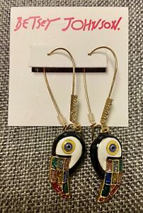NWT Betsey Johnson Welcome to the Jungle Toucan Hook Earrings