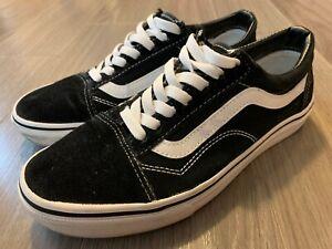 VANS Old Skool Sneaker Black / White Suede & Canvas Men's Size 9 Women's 10.5