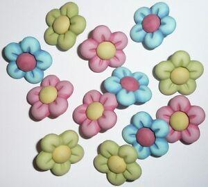 Fun Flower Realistic 3-D Flower Buttons (12 buttons) Blue Green Pink Yellow Red