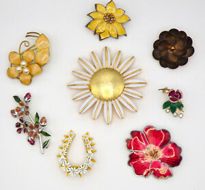 💥 Lot of 8 Vintage Gold Tone Enamel Flower Brooch Pins