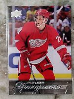 2015-2016 UPPER DECK SERIES 1 YOUNG GUNS Dylan Larkin #228 RC RED WINGS