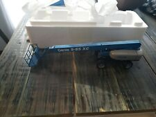 Genie S-85 XC Scale Die-Cast Model Lift 1:32 Limited Edition New In BOX