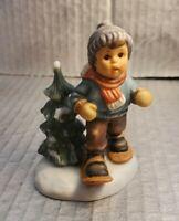 "*Berta Hummel ""Dashing Through the Snow"" Figurine Goebel 2001, BH 99/P 3.5"""