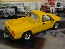 1999- 2007 Chevrolet Silverado Sport Pick-up Truck 1/64 Scale Limited Edit H